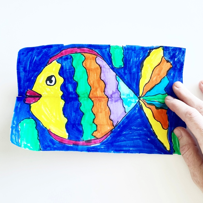 We made surprise fishies today! Free art classes @studio80design